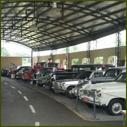 Museo del Automóvil - Campana