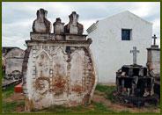 Tumbas Verticales - San Pedro Norte, Córdoba